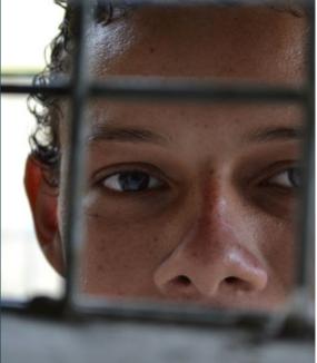 Help students and educators thrive in El Salvador